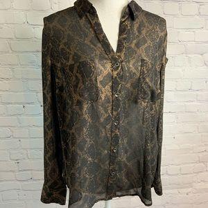 Rock & Republic Button Up Shirt Large